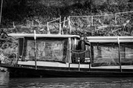 luang prabang river boat mekong river