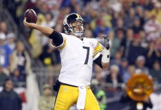 Mr. Controversy's Top 10 NFL Quarterbacks Going Into 2016
