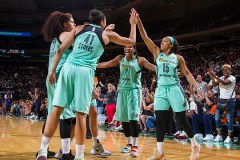 New York Liberty Defeat The San Antonio Stars, 81-69