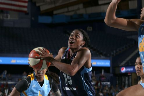 The Atlanta Dream's Defense Leads To The Victory Over The Connecticut Sun 82-77.