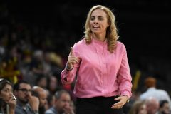 Atlanta's Collen Named WNBA Coach Of The Month