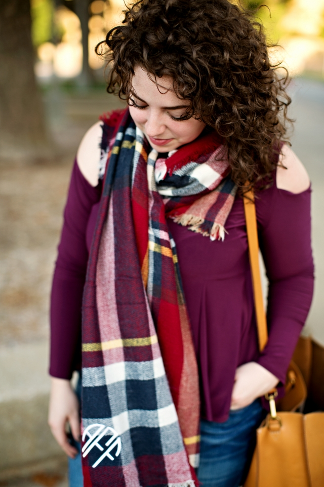 social-manor-blanket-scarf-outfit_640x960