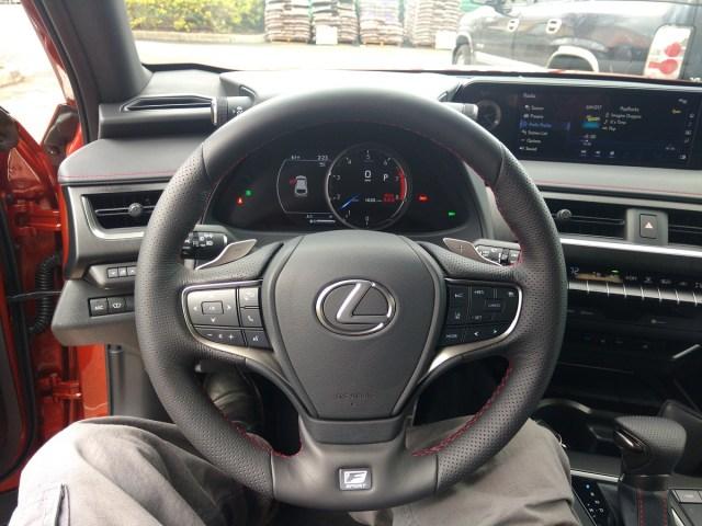 2019 Lexus 200 UX F-Sport Dash and monitor.