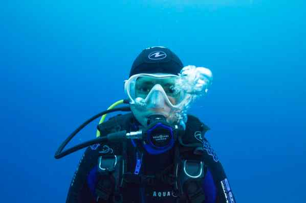 choosing a dive mask
