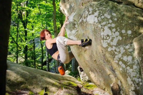 perfect bouldering shoes to wear for climbing