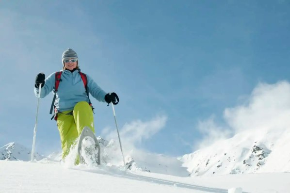beginner tips for snowshoeing