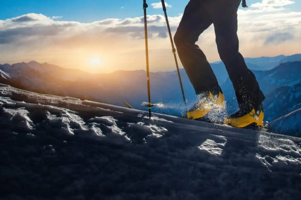 what best socks to wear for skiing