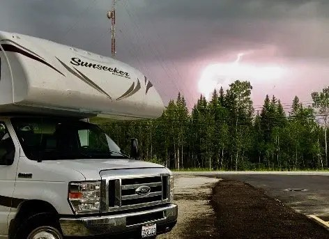 Lightning Rig The Adventure Travelers