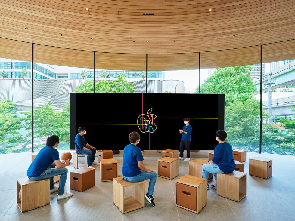 Apple Central World จะเปิดให้บริการในวันศุกร์ที่ 31 กรกฎาคม เวลา 10.00 น.