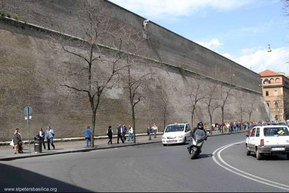 https://i1.wp.com/www.theamericanmirror.com/wp-content/uploads/2015/09/vatican-wall.jpg