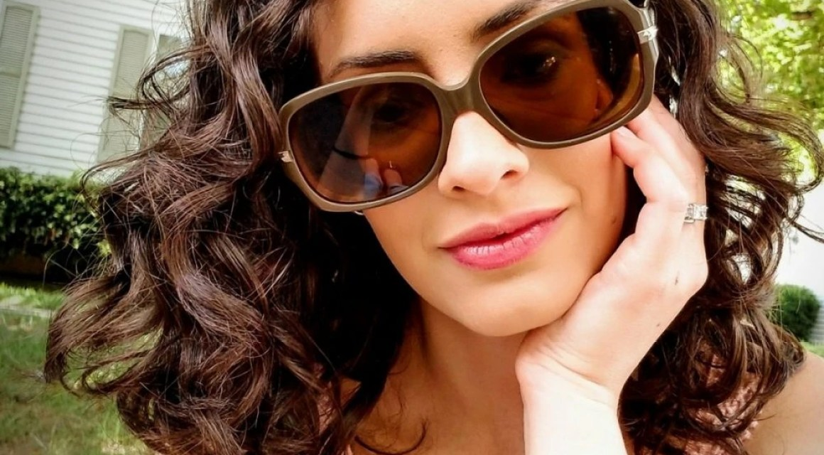 The Secret to Beautiful Curly Frizz-Free Hair Is Easier Than You Think!