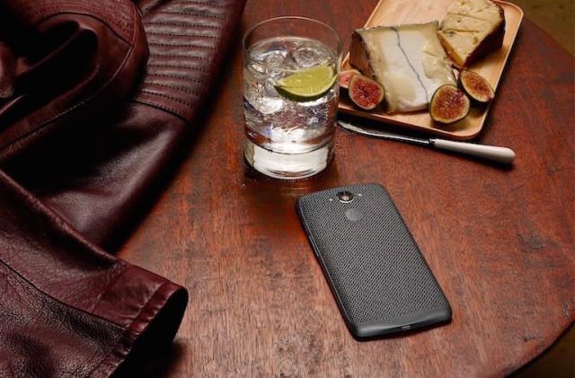 Motorola-Moto-Maxx-cafe-640x421