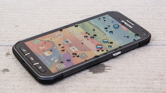 The Active Galaxy S5