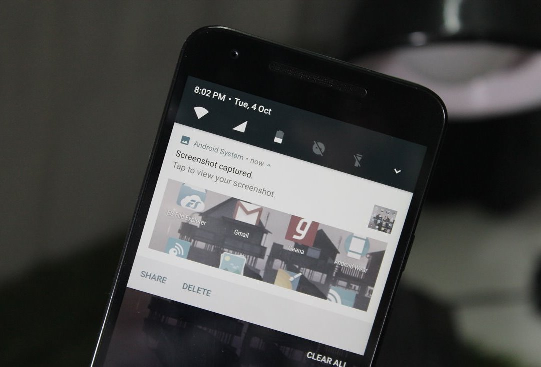 How to take a screenshot on a motorola android phone