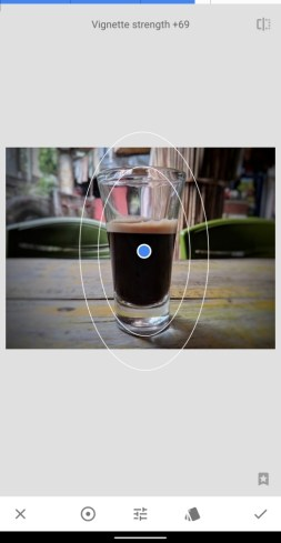 Snapseed lens blur-14