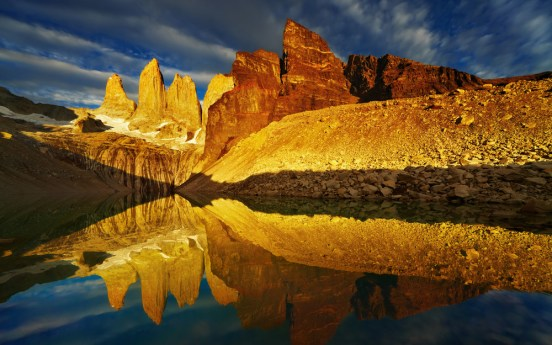 Chile_Torres-Del-Paine-National-Park-Chile.jpg