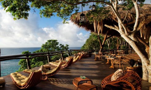 Laucala-Seagrass-Lounge