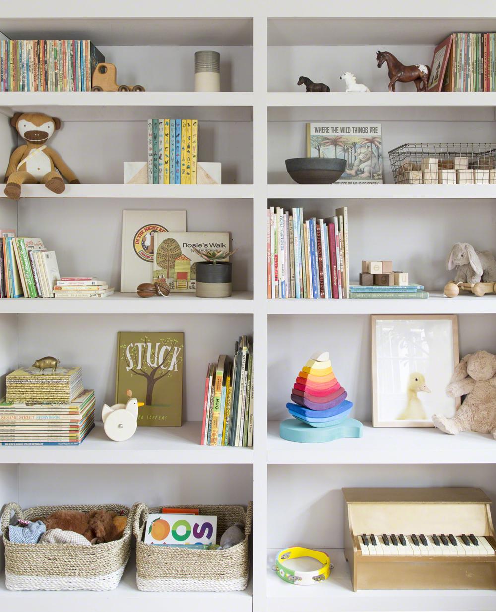 baby-rhino-nursery-design-storage-www.theanimalprintshop.com-02