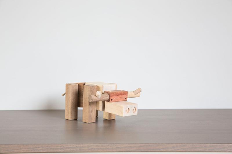 longhorn-steer-toy-wood