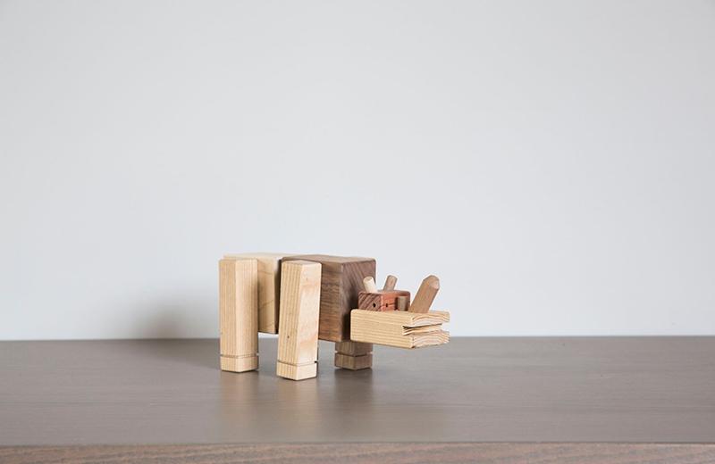 rhino-wood-toy