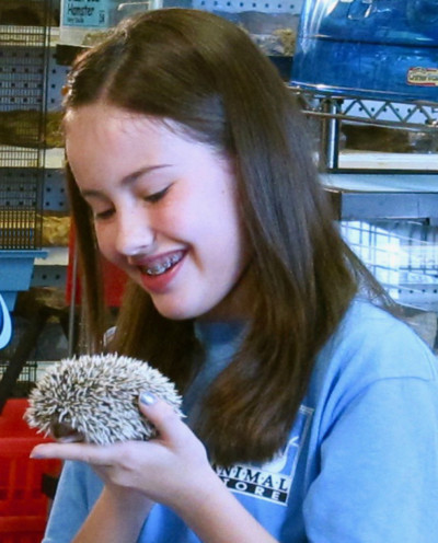 Filming 190 N. @ The Animal Store (Esa)