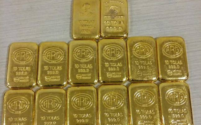 Oman Latest News : Two passengers from Oman arrested in Kerala for smuggling gold