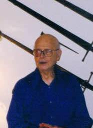 Ведущий эксперт в области мечей Эварт Оукшот