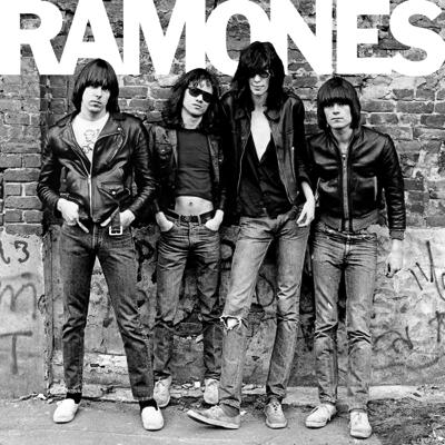 Ramones Debut mit viel Bonusmaterial