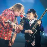 Angus Young - Axl Rose