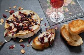CranberryBrieToasts