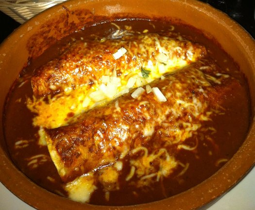 chicken enchiladas mole