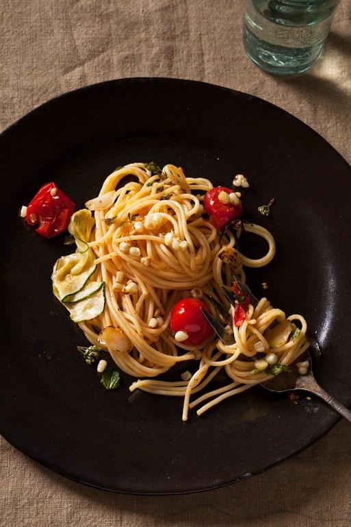 Pasta with Fresh Tomato Basil Sauce & Corn