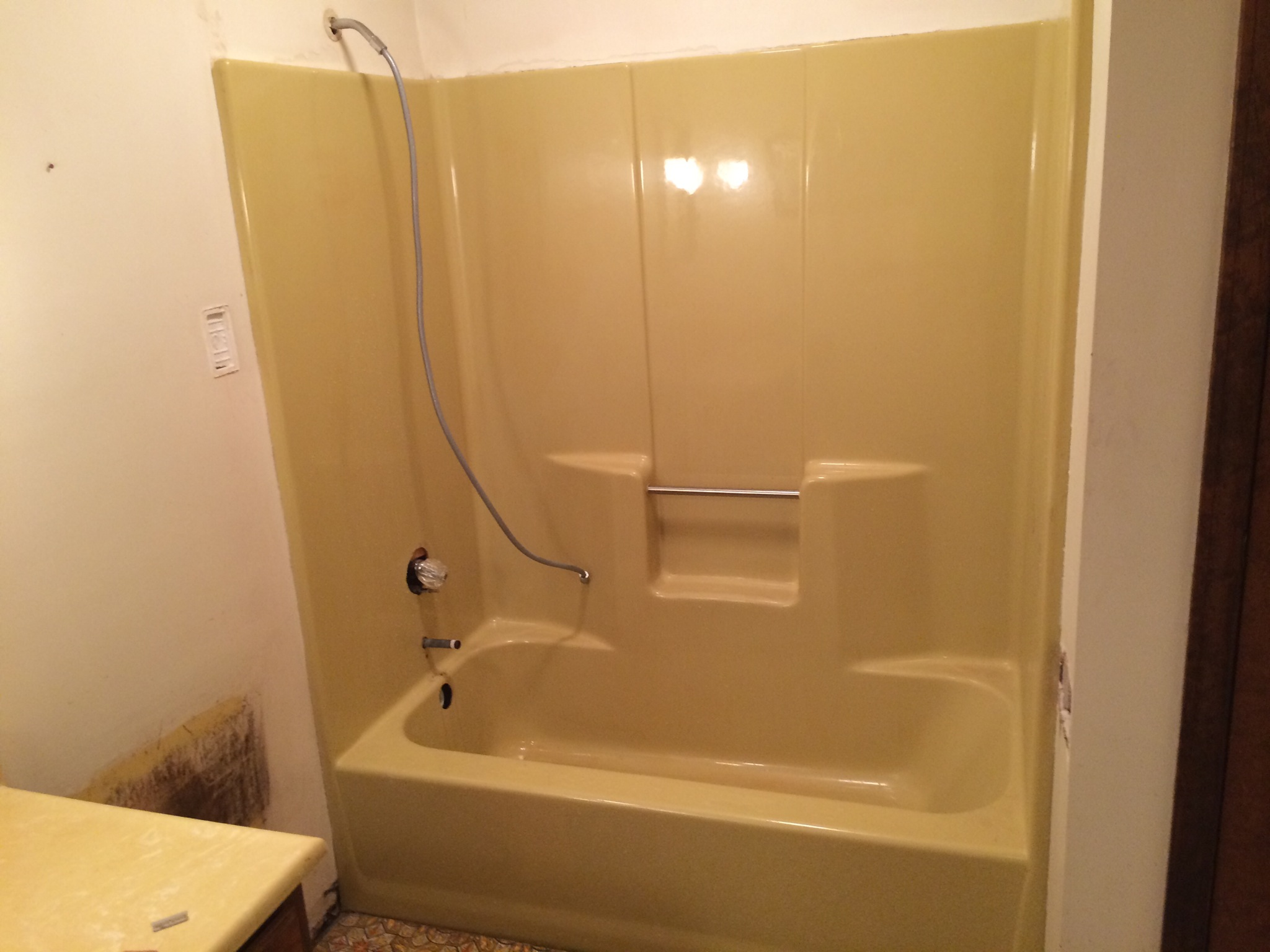 Can A Fiberglass Tub Be Resurfaced Total Bathtub