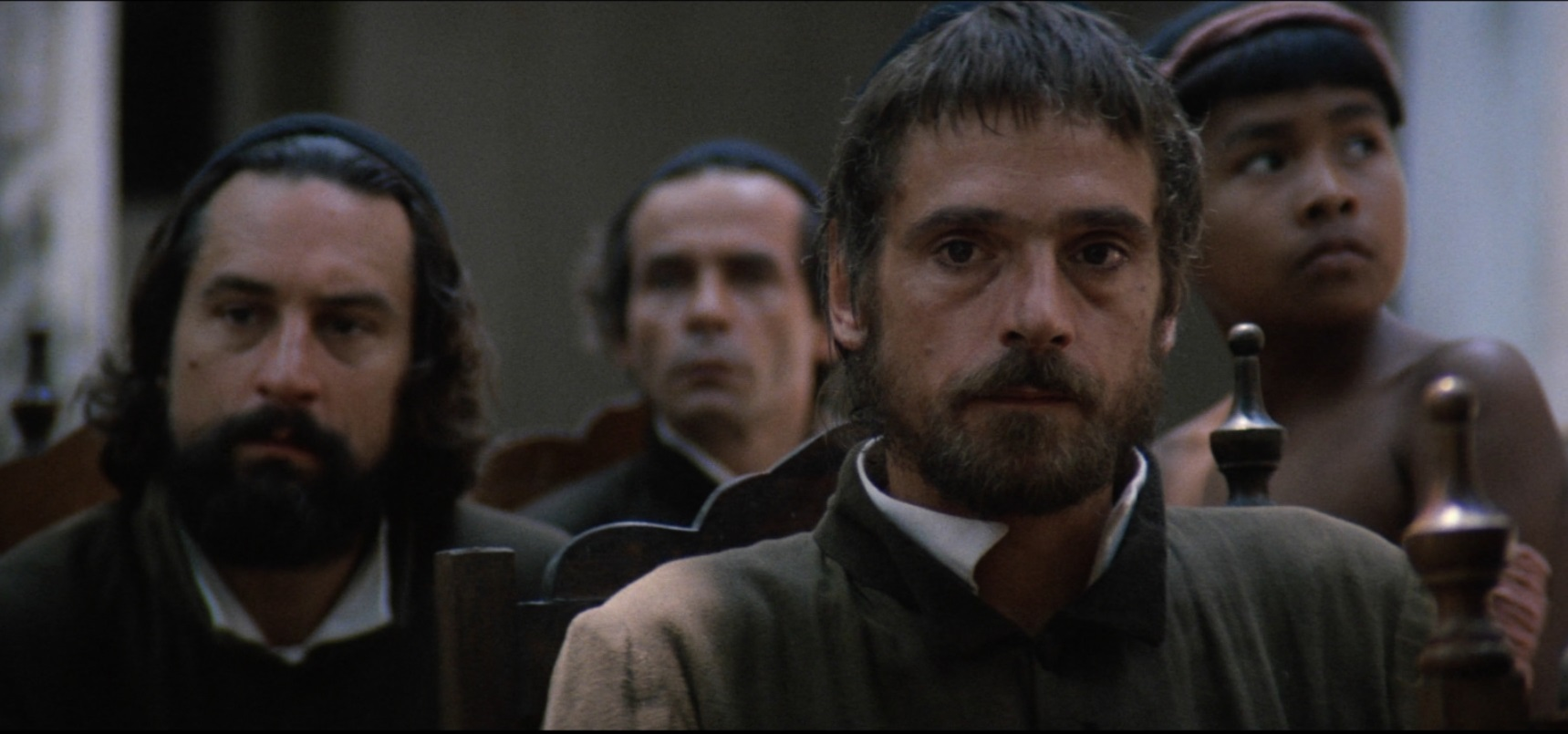 Jeremy Irons and Robert de Niro in The Mission