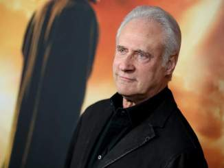 Brent Spiner Faced his Fear of Heights in TNG Movie Stunt