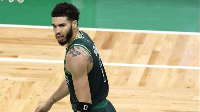 Jayson Tatum on Daniel Theis: 'Sad to See Him on the Other Side'