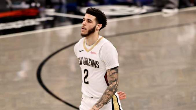 NBA Insider Reveals Bulls Standing in Lonzo Ball Sweepstakes