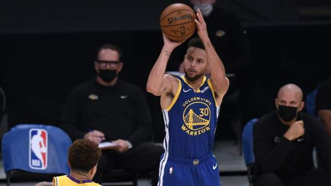 Warriors Star Calls Curry a 'God' on Record-Setting Night