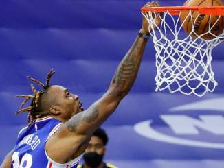 Sixers' Dwight Howard Rediscovering Himself As a Finisher