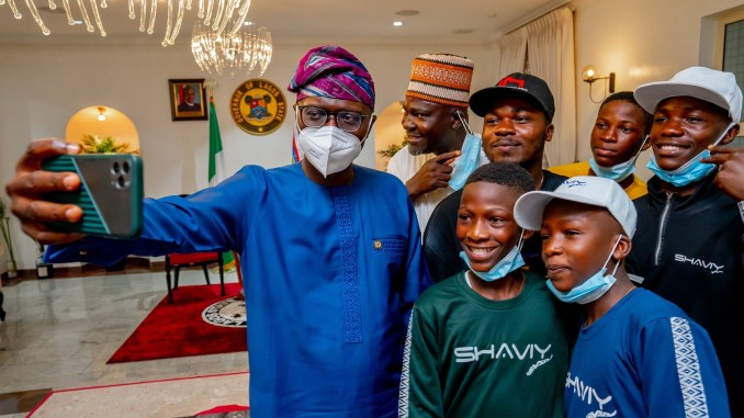 We are proud of you – Sanwo-Olu hosts Ikorodu Bois