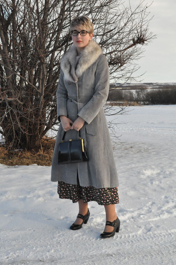 the artyologist- image of vintage grey leather coat with silver fox collar