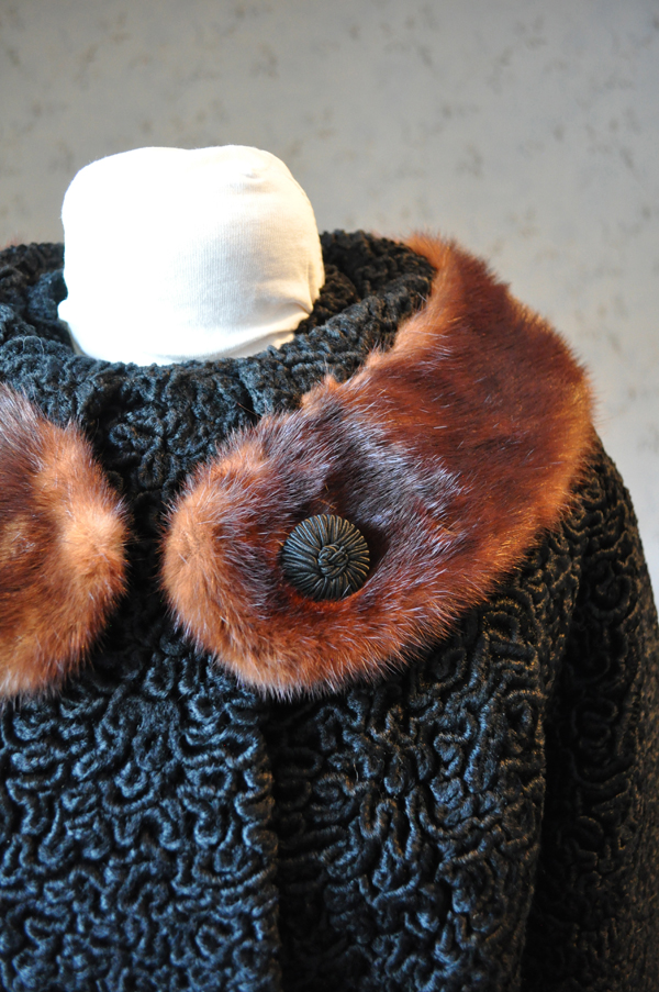 the artyologist- vintage 1967 astra fur coat with real fur collar