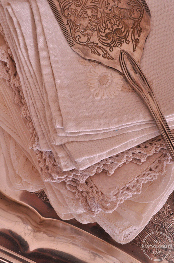 the artyologist- image of linens and silverware