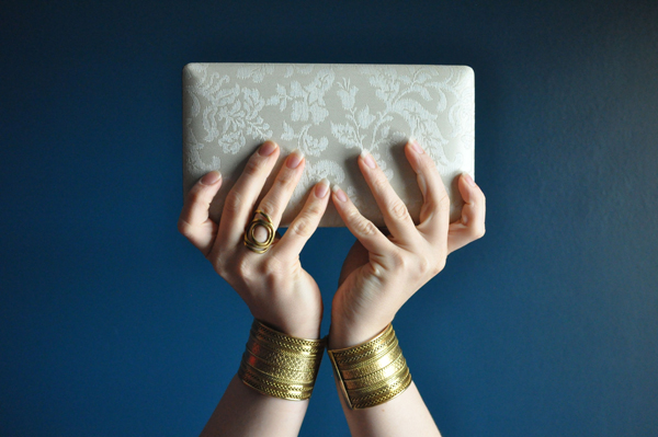 the artyologist- image of clutch done in the style of vintage vogue 1939 cover