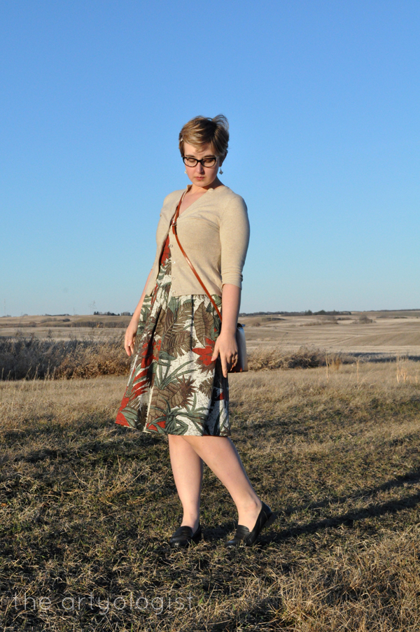 the artyologist image of vintage style outfit and vera pelle purse