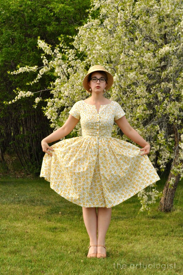 image of yellow floral dress vogue 1044