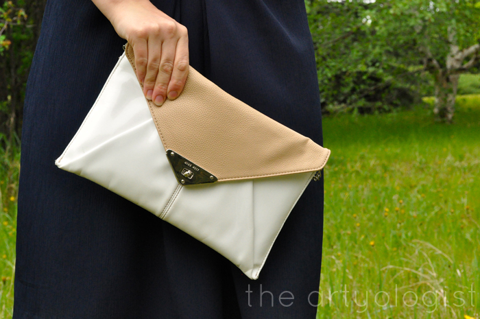 image of purse the artyologist