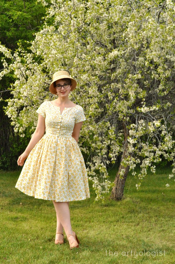 image of floral dress vogue 1044 the artyologist