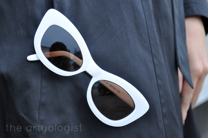 retro sunglasses, in my new trench coat, the artyologist