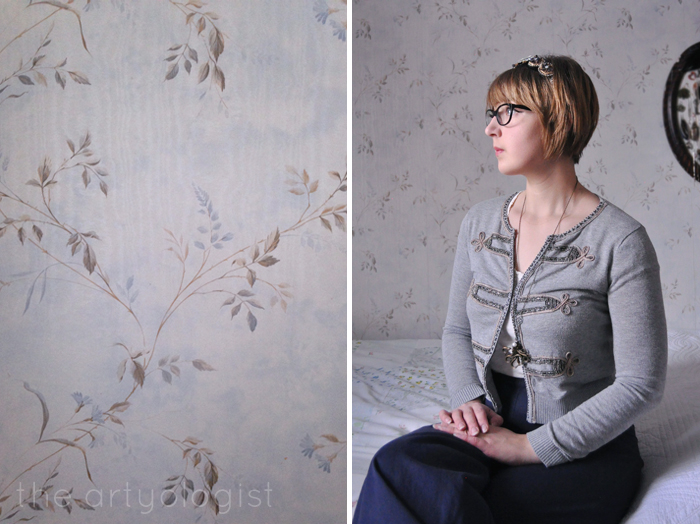 Leave a Little Sparkle, wallpaper and portrait, the artyologist